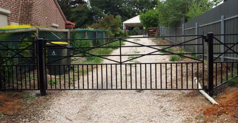 Security Gate, Custom Entrance Gate, Adjustable House Stumps, Gold Coast Mobile Welding, Gold Coast Welding, Welding Repairs, Welding Fabrication, Tweed Heads Welding, Murwillumbah Welding, Beaudesert Welding, Brisbane Mobile Welding